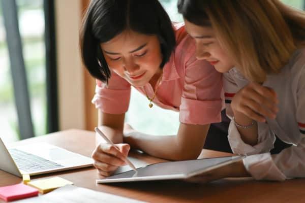 Help je jonge mensen met hun studiekeuze?